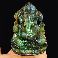 Top Flash Labradorite Carved Ganesha - 100x65x38 mm - 2450.50 Cts