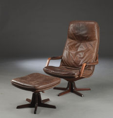 Berg Furniture - vintage armchair with footstool, in brown leather