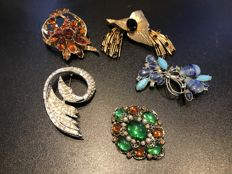 Collection of 5 statement crystal Brooches signed