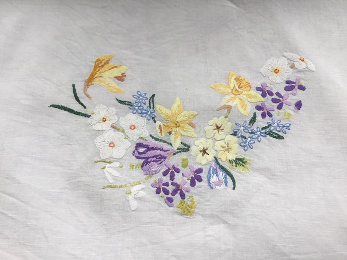 Cotton tablecloth with embroidered flowers, France, circa 1920