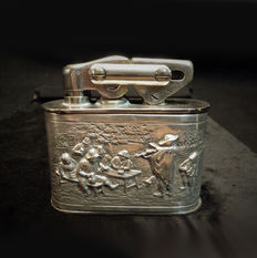 Silver table lighter with beautiful executed image of Rembrandt and Jan Steen.