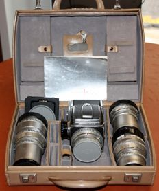 SUITCASE SET OF HASSELBLAD 500C + 4 LENSES - PERFECTLY FUNCTIONAL 1968