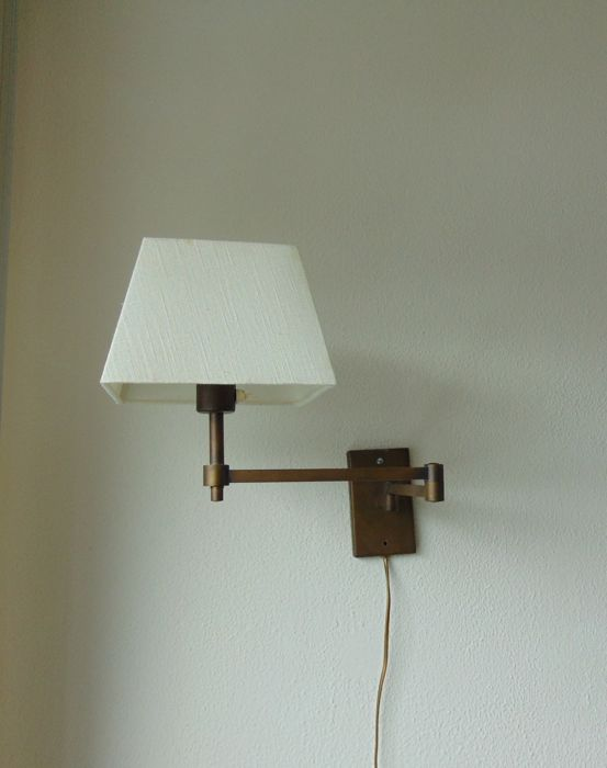 A table lamp, and a hinged wall lamp - Catawiki