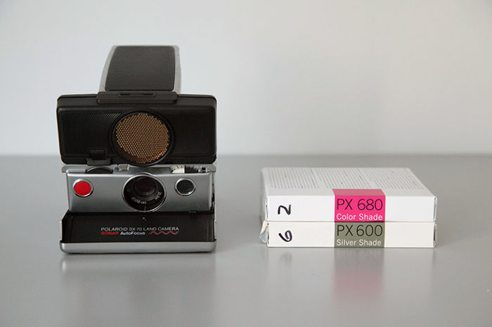 Polaroid SX - 70 Land Camera Sonar Autofocus