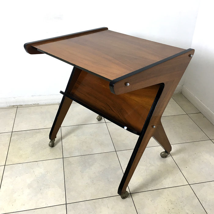 Vintage side table from the 60's in the style of Ico Parisi