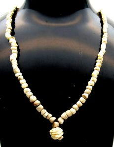 Ancient Roman Shell & Stone beaded necklace - 500 mm