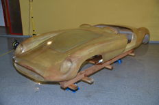 Devin - Synthetic Resin Body Shell Laminated by Devin in the USA from 1960