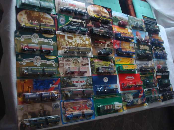 A variety of brands - brewery trucks, advertising trucks, many classic trucks and rarities, in original packaging, 72 pieces