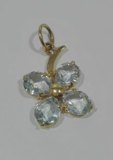 Pendant/Charm in 18 kt (750) Gold - Shamrock - 4 Aquamarines (2.0 ct) - Measures 11.54 mm