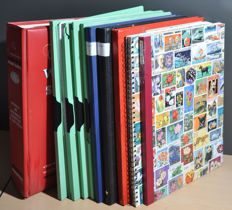 World - Batch in stock books and files with a lot of Asia