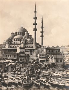 Unknown - View of the Yeni Jaami mosque from the port of Galata, Istanbul, Turkey