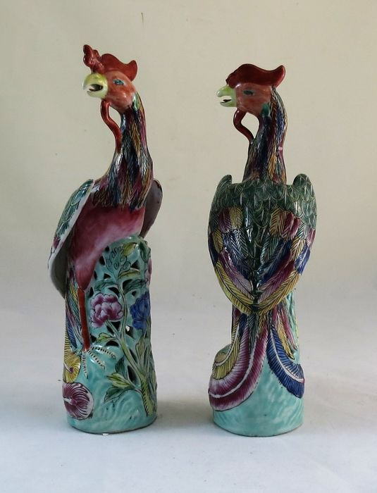 Pair of Chinese porcelain Phoenix, from the Yu Sang Sing factory - China - circa 1900-40.