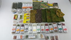 Anita Decor/Busch/Heki/MiniNatur/Model Scene/Nor H0 - 45-piece package with high quality grasses, leaves, flowers and more for the model track