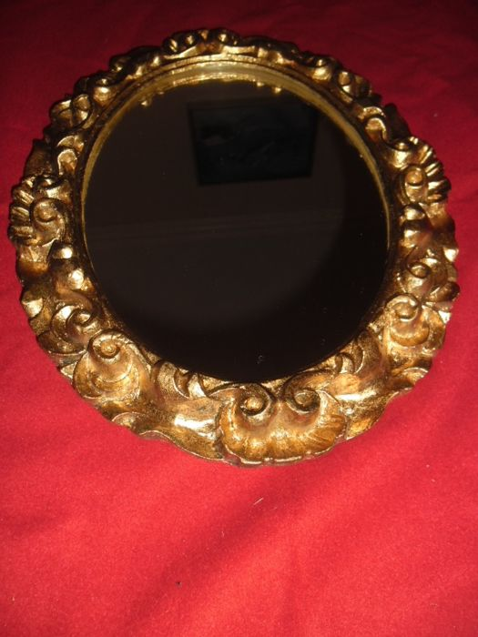 Elegant wall mirror with baroque patterns wood or resin for Baroque resin mirror