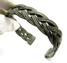 Medieval Period - Viking Warrors Bronze Interlaced Bracelet - 68mm