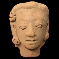 E2. Rare ancient Indus Valley terracotta bust of the Harappa culture - 1200 BC - 7 cm, 145.8 g - Earrings and a flower ornament on the right temple