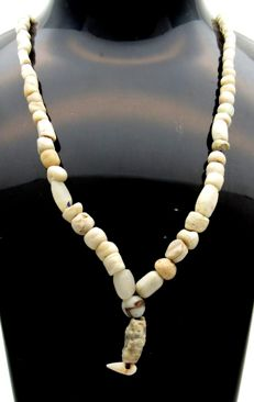 Ancient Roman Shell & Stone beaded necklace - 490 mm