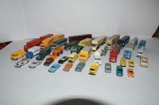 Mostly Wiking H0 - 35 model cars