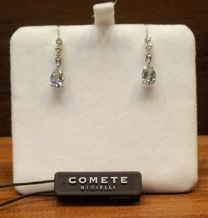 Pair of 'COMETE GIOIELLI' trilogy earrings in 18 kt rose gold Aquamarine and diamonds