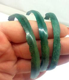 Bronze bracelets of the Early Iron Age, 58, 65, 67 mm