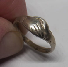 "Medieval Silver Clasped-Hands  ""Fede Ring"""