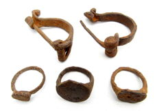 Selection of 5 Roman Legionary Iron Items - Rings & Brooches - 16-56 mm (5)