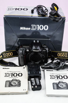 Nikon D100 professional camera, it looks very new, with the original box