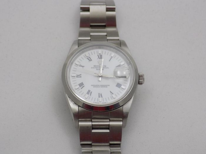 Rolex - Oyster Perpetual Date - Ref. 15200 - Homme - 1990