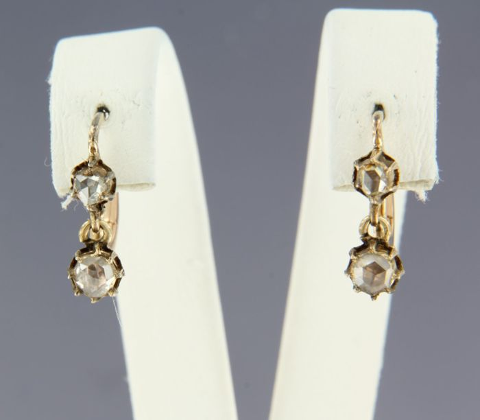 14 kt rose gold dangle earrings set with rose diamonds, approx. 0.30 carat in total