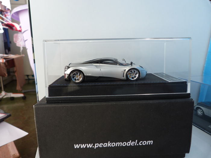 Peako Resin - Scale 1/43 - Pagani Huayra - Limited Edition 19 / 50