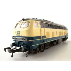 Fleischmann H0 - 4933 - Diesel locomotive BR 218 with track cleaning installation of DB
