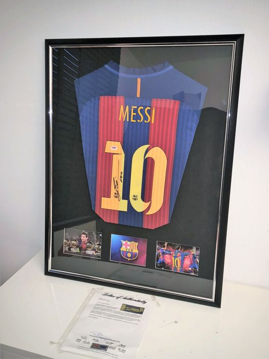 san francisco 59676 a4f45 Signed Lionel Messi Barcelona Shirt - New Deluxe Framed Display + COA No RP  Price - Catawiki