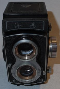 Seagull 4 - twin-lens reflex camera - '60s