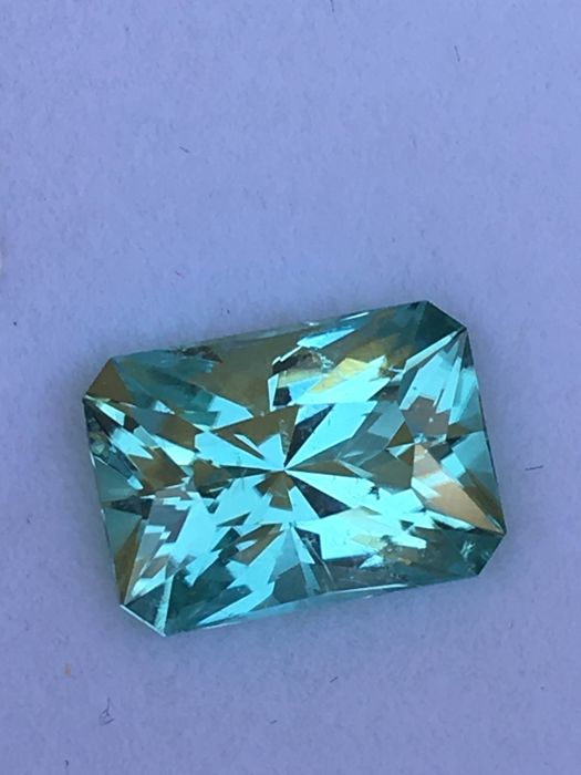 Blue green Tourmaline - 3.73 ct