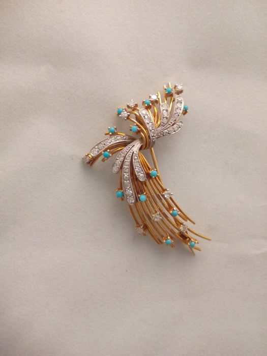 Brooch made of 18 kt gold - 14.1 g