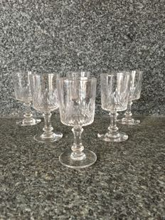 Baccarat - 6 crystal liquor glasses, cylindrical model Richelieu cylindrical - France - prior to 1936