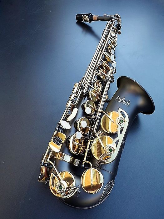 Conn-Selmer Prelude AS710 alto saxophone, new - Catawiki