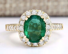 2.31 Carat Emerald 18K Solid Yellow Gold Diamond Ring - Ring Size: 7 - no reserve price -