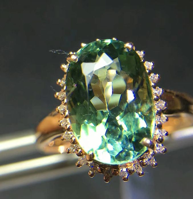18 KT gold Ring 2.54G set with 4.0 ct Tourmaline and 0.16 ct Diamonds - Size: 6.75 US - Free Resizing