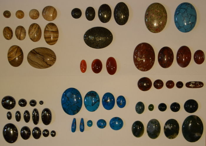 Lot of 59 very nice gemstone cabochons - Turkis - Pyrit - Jasper - Hematite - Carneleon - Unakit - (59)