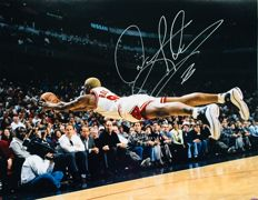 Dennis Rodman #91 / Authentic & Original Autograph in Professional Photo ( 40X50 cm ) - with Certificate of Authenticity LEAF