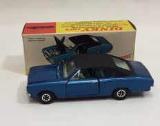 Dinky Toys - Scale 1/43 - Opel Commodore # 179