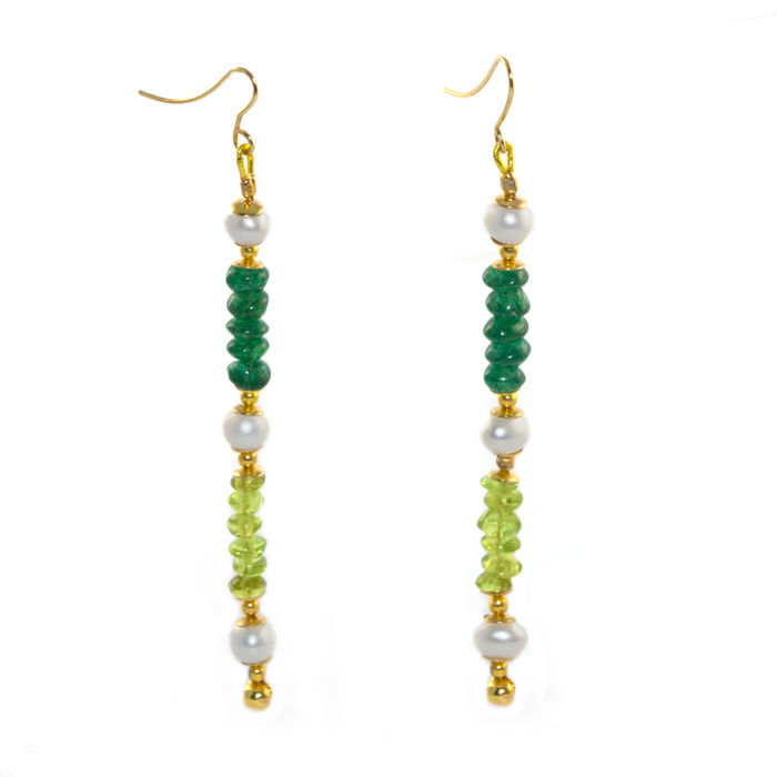 Pair of 14kt/585 yellow gold earwires with Jade, fresh water Pearl and Olivine – Length 8 cm