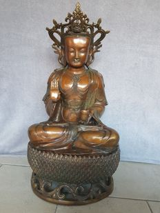 Large bronze Guan Yin / Avalokiteshvara - China - second half 20th century (67 cm)