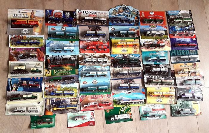 Collection with 47 Oldtimer nostalgia - advertising trucks, 1/87 all in mint condition in the original package