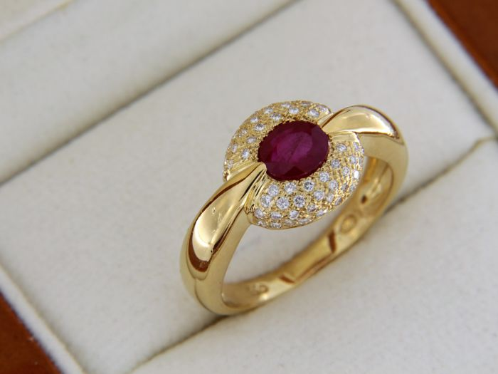 Bague OR jaune 18 carats Rubis et Diamants