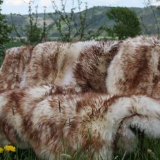 Pair of brown-tipped mouflon sheepskins - Ovis aries - 120 x 75 cm (2)