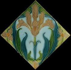Gilliot & Cie Hemiksem - Art Nouveau tile with diagonal flower