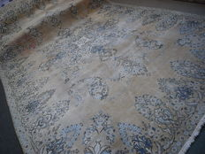 Cashmere Tabriz, about 40 years old, in good condition, 360x250 cm