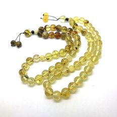 2x tesbih of 100% natural Baltic amber beads ( not pressed, not heated ) - 8 mm in diameter - no reserve